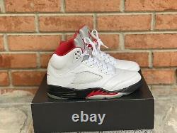 Jordan 5 V Retro Fire Red White Black Metallic OG Size 9.5 DA1911-102 Nike Air