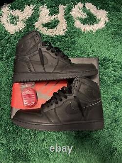 Nike Air Jordan 1 Retro High OG TRIPLE BLACK RED BRED 2017 555088-022 Size 9
