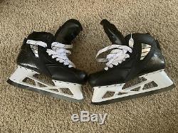 Pro Stock hockey True Goalie Skates Bauer Step Black Red Wings Howard 9D 2S 2X
