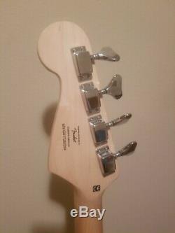Squier Bronco Bass Guitar loaded Black red tortoise, dual rail single coil