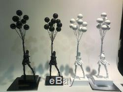 Banksy Volant Ballons Fille Noir Rouge Statue Limitée Mode De Collection Stock