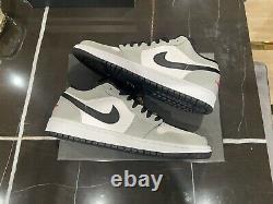Nike Air Jordan 1 Low Smoke Grey Noir Rouge Blanc 553558-030 Taille 9 Prêt À Expédier