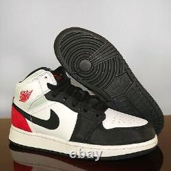 Nike Air Jordan 1 MID Se Blanc Noir Épicéas Neuf Livraison Gratuite En Main