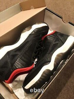 Nike Air Jordan 11 Low Ie Og Retro Taille 12 Noir Rouge Bred XI 2011 Vintage 11.5