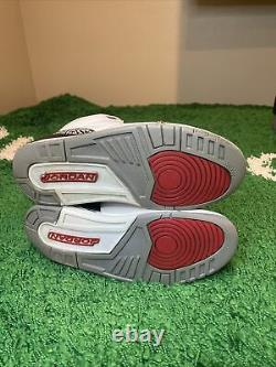 Nike Air Jordan 3 Retro White Cement 2011 Taille 7.5 136064-105 Blanc Noir Rouge Og