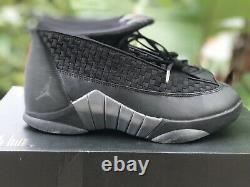 Nike Air Jordan XV Retro 15 Furtif Noir / Rouge Taille 7 Rare