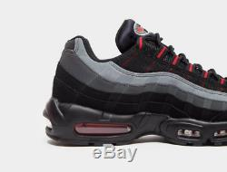 Nike Air Max 95 Essential Noir-rouge-gris Formateurs Hommes Stock Limite