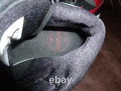 Nike Mens Air Jordan 1 MID Noir Rouge Sz 10 554724 024 Inutilisé, Pas De Boîte. Classique