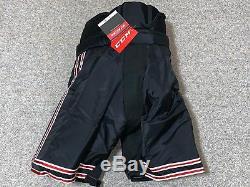 Nouveau! Noir Rouge Blanc CCM Hp35 Ncaa Pro Stock Pantalon De Joueur De Hockey Universitaire Moyen