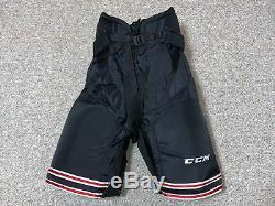 Nouveau! Noir Rouge Blanc CCM Hp35 Ncaa Pro Stock Pantalon De Joueur De Hockey Universitaire, Taille L
